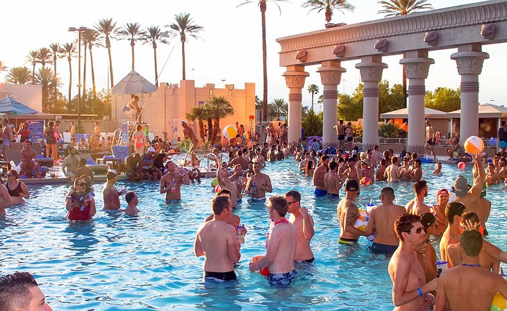 Luxor Hotel Pool Party
