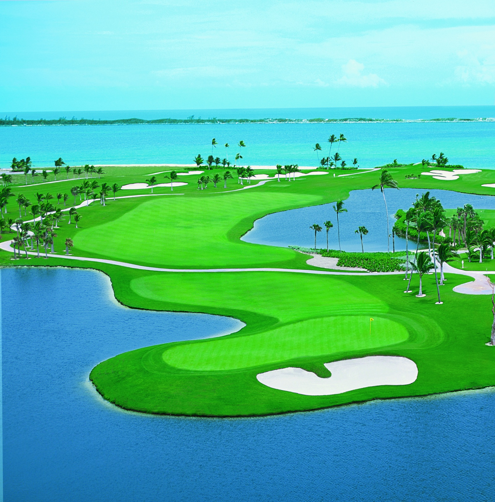 Paradise Island: Atlantis, Paradise Island Resort In The Bahamas