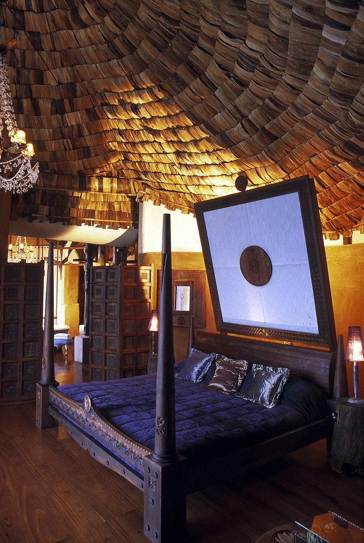 Ngorongoro Crater Lodge room