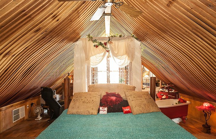 Genuine Draft Horse Ranch bedroom
