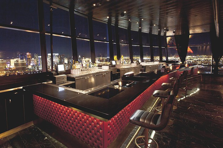Palms Place Hotel bar with city view