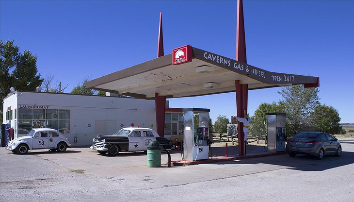 Grand Canyon Caverns Gas station