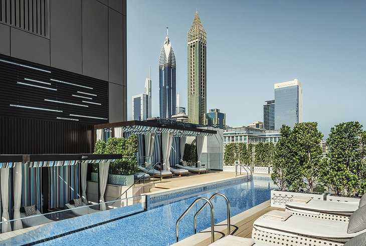 Four Seasons Dubai DIFC glass walled outdoor swimming pool