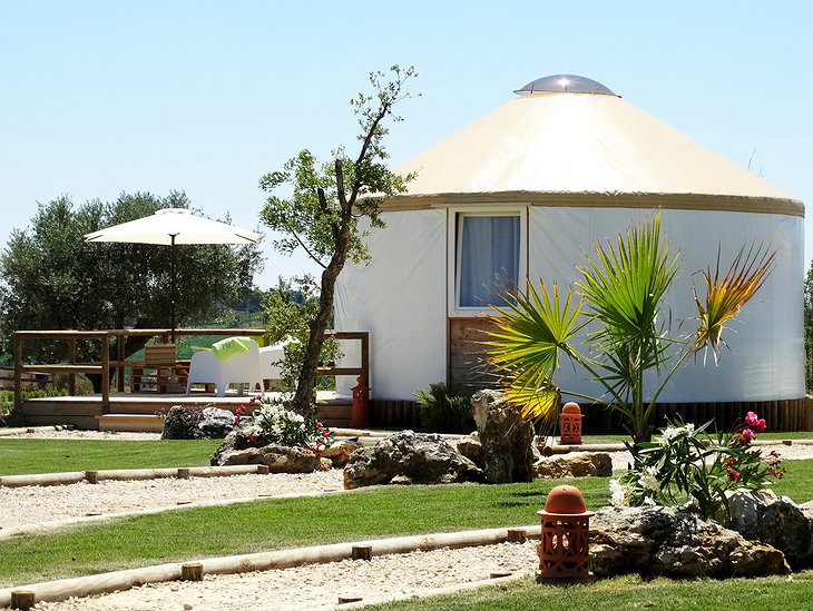 Quinta M yurt and sunshades