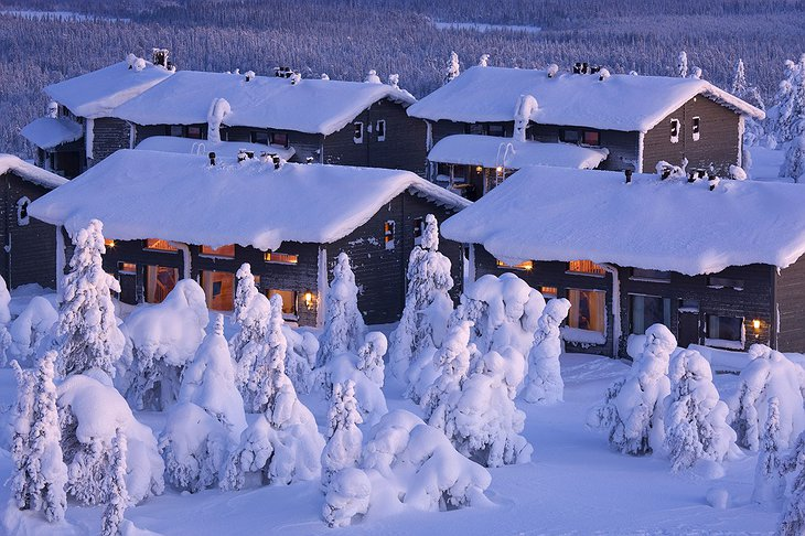 Hotel Iso Syöte buildings covered in snow