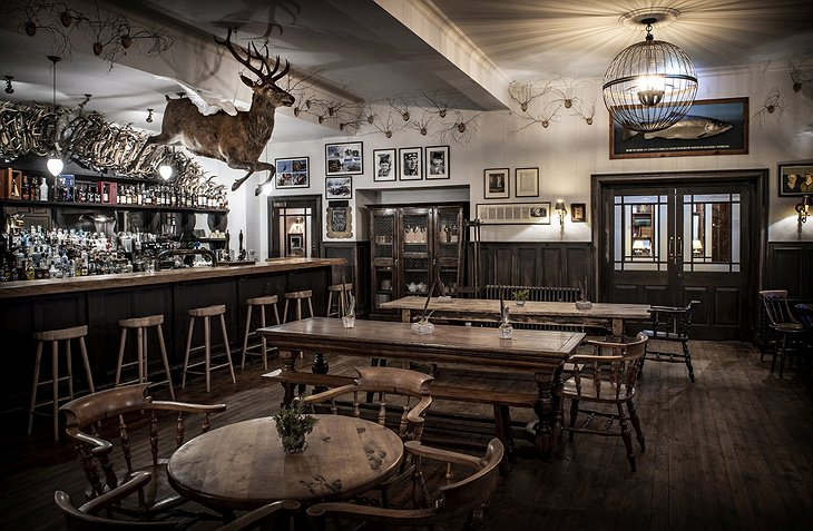 The Fife Arms - The Flying Stag