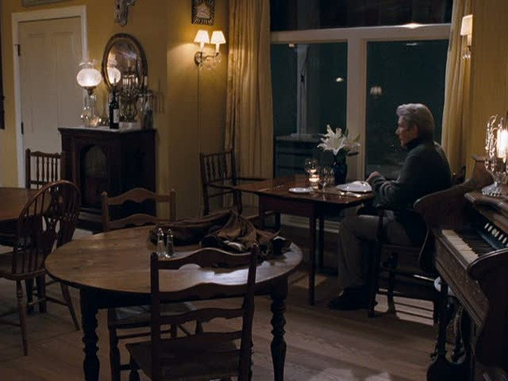 The Inn at Rodanthe dining room with Richard Gere