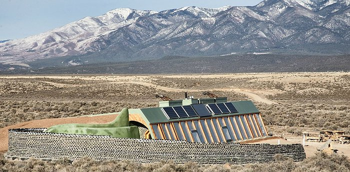 Earthship - A new sustainable way of life
