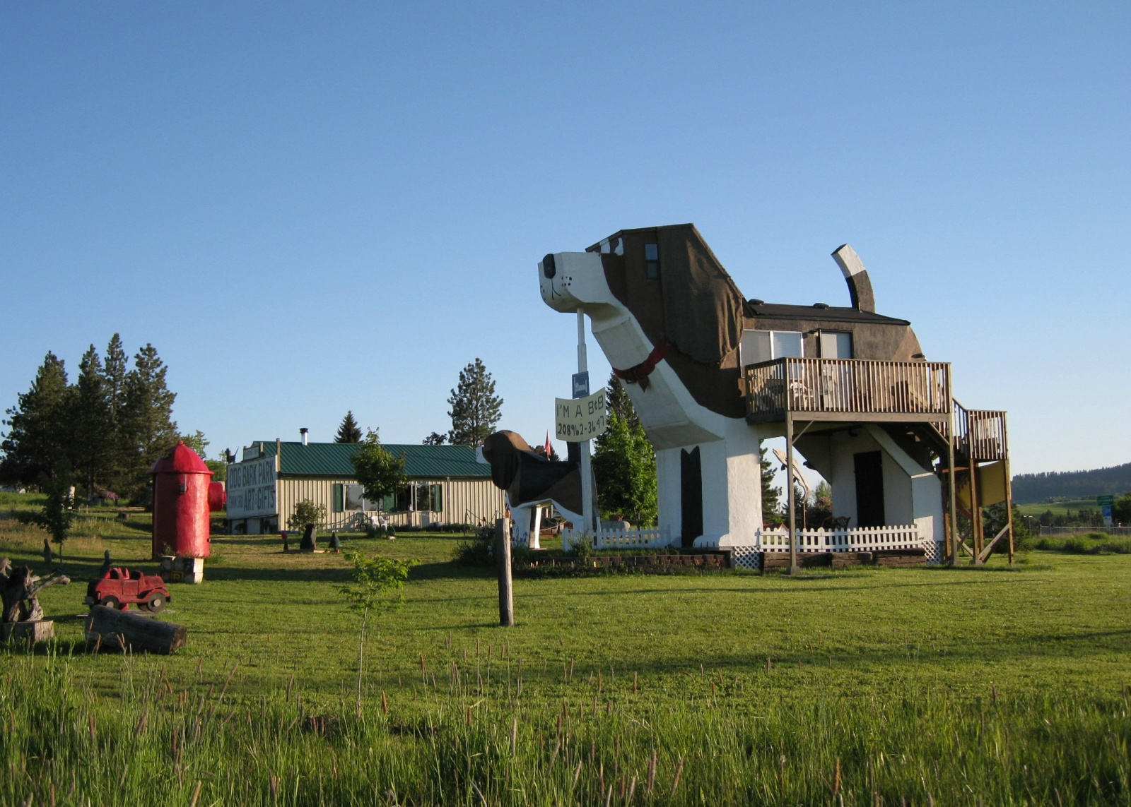 Dog bark park inn and bingo was his name oh for Hotel dans le monde