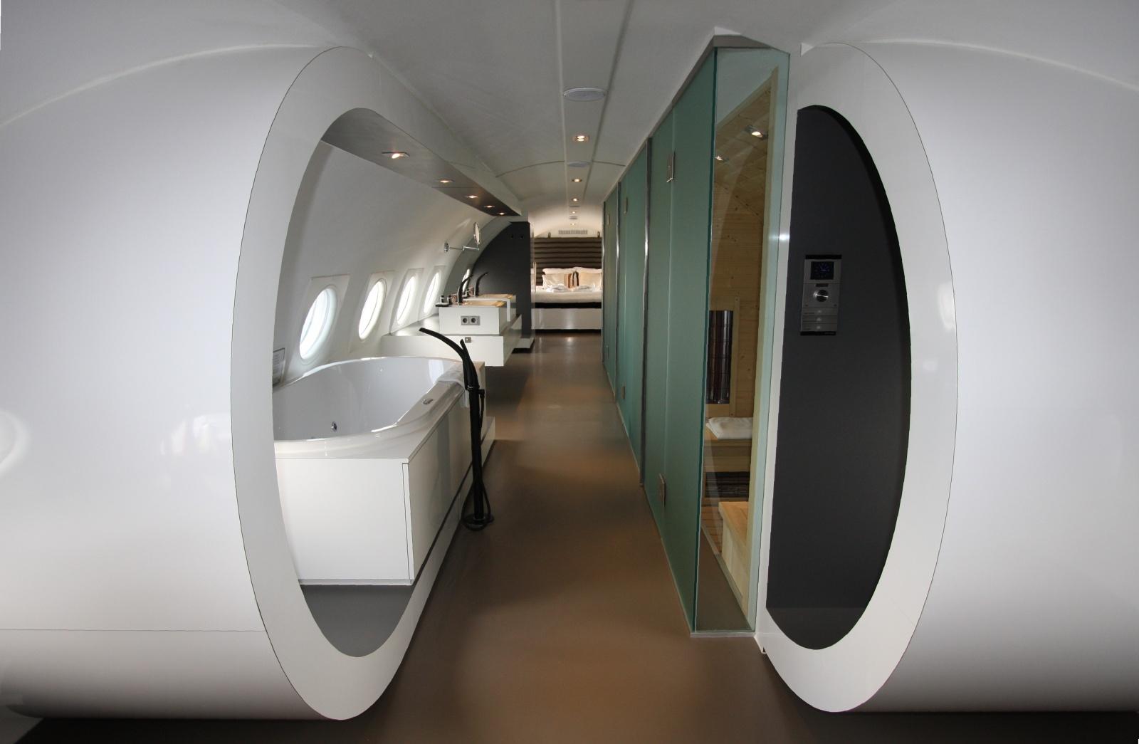 Exceptional Airplane Suite Hotel Suites NL Design Ideas