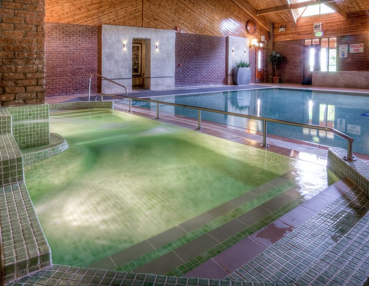Auchrannie Resort pool with jacuzzi