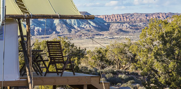 Moab Under Canvas - Desert Glamping Next To The Arches National Park