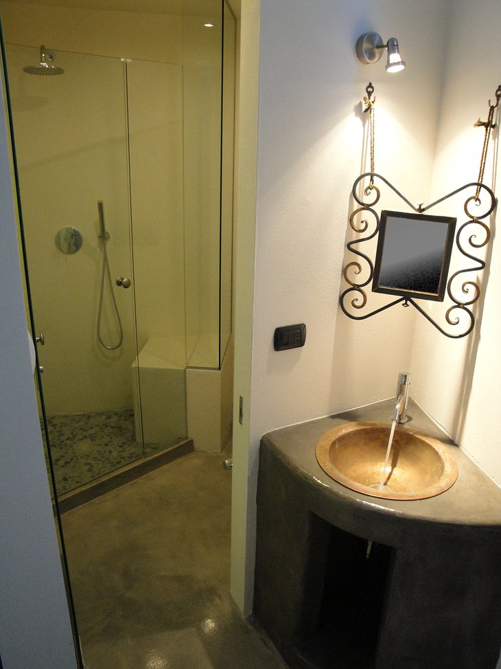 Relais Cattedrale Salviam bathroom