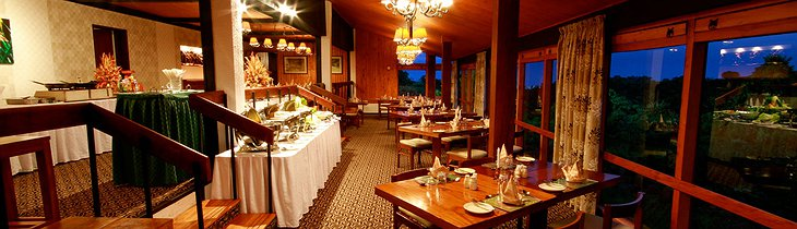 The Ark Kenya dining room panorama in the evening