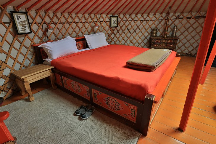 Three Camel Lodge yurt interior