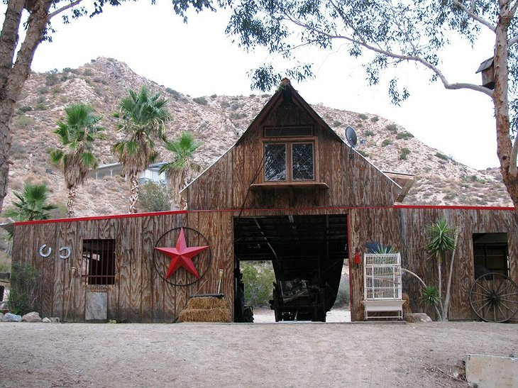 Genuine Draft Horse Ranch salon building with huge red star