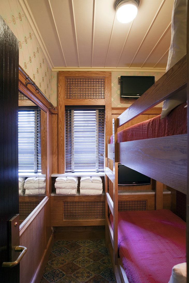 The Jane Hotel bunk bed cabin