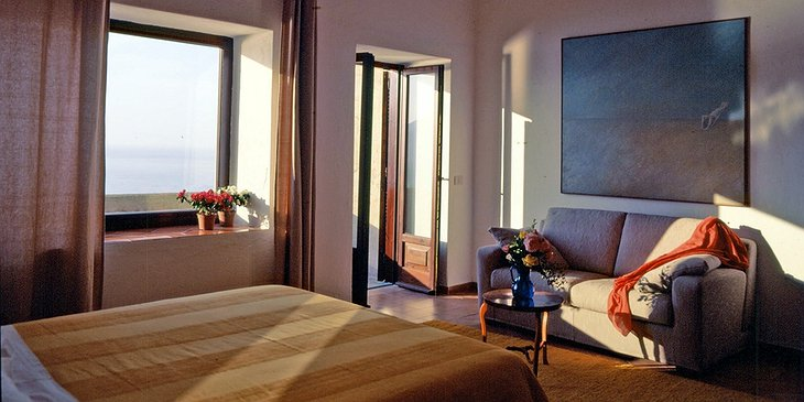 Albergo Il Monastero room with sea view