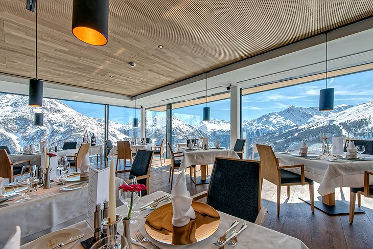 Hotel Schöne Aussicht Skybar restaurant with panoramic mountain views