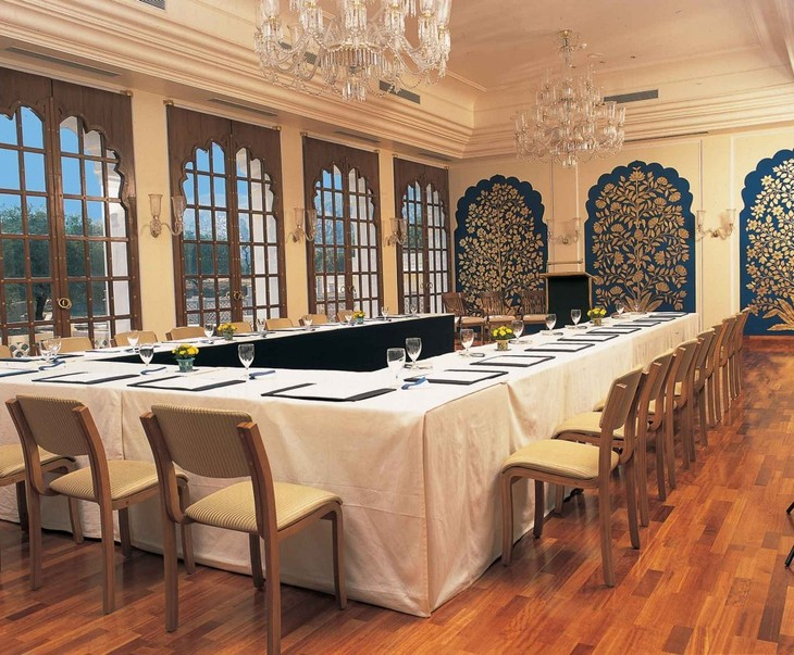 The Oberoi Vanyavilas restaurant