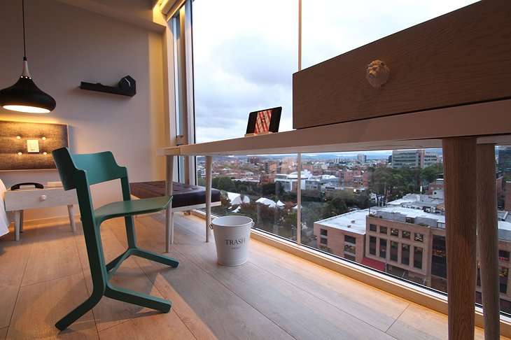 Click Clack Hotel small room Bogota views