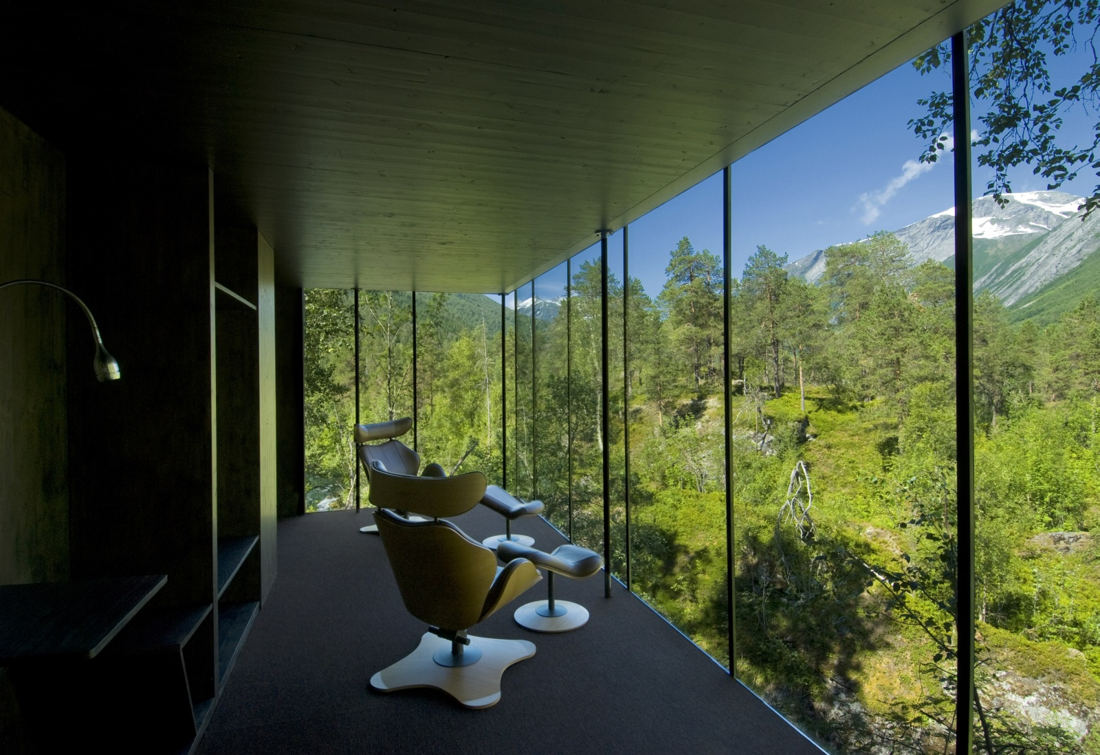 Juvet landscape hotel looking up gaia s skirt or it s for X window architecture