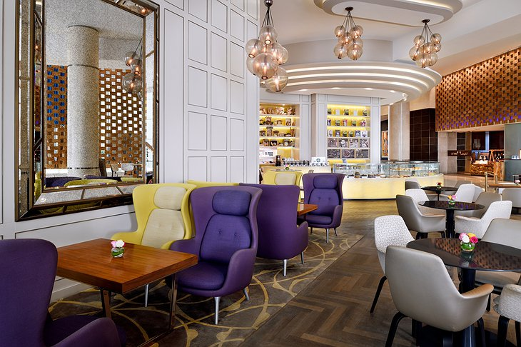 InterContinental Dubai Festival City lounge with bar