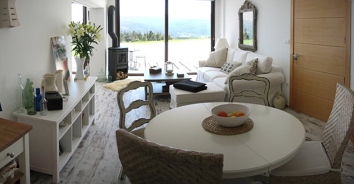 Paraqueira Loiba living room with view on the nature