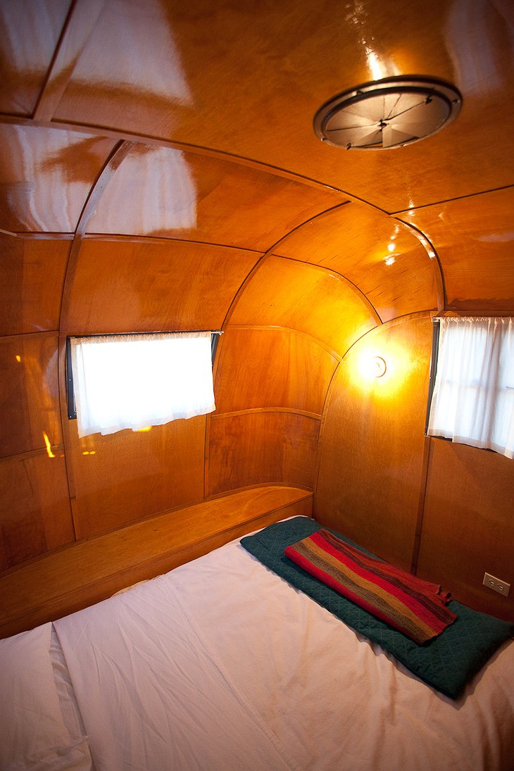 Vagabond trailer bedroom