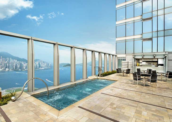 Wet R Deck jacuzzi with Hong Kong views