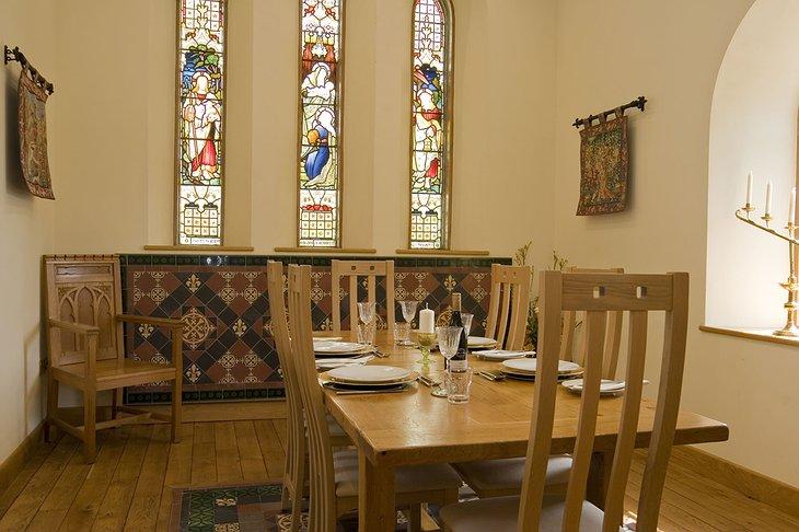 Capel Pentwyn dining room with chapel colored windows
