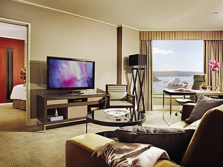 Four Seasons Sydney room with Opera House view