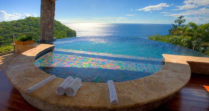 Jade Mountain Resort private pool with sea view