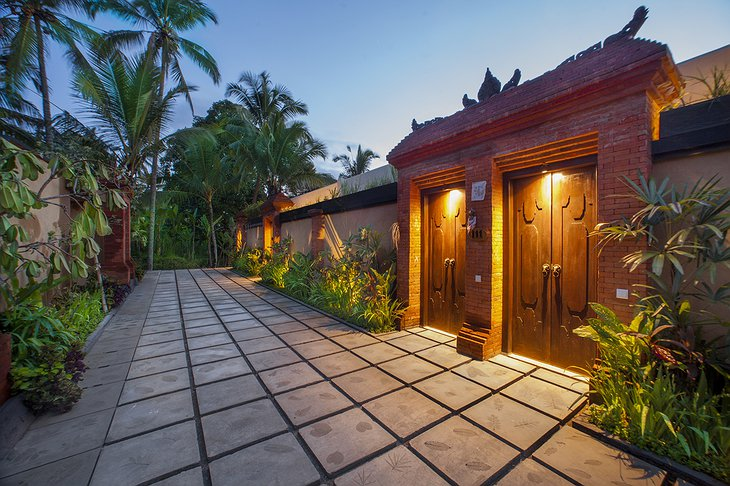 Nandini Jungle Resort & Spa Bali Royal Suite Gate