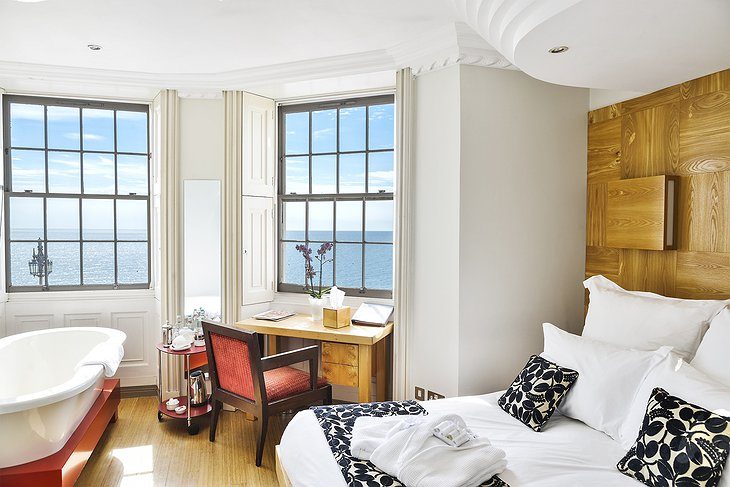 Yin Yang Double Room with Sea View