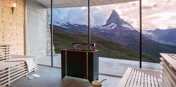 Riffelhaus 1853 - Historic Alpine Ski Resort With Matterhorn Views