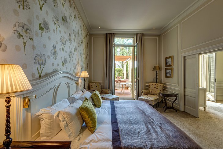Hotel Hermitage Monte-Carlo room with balcony