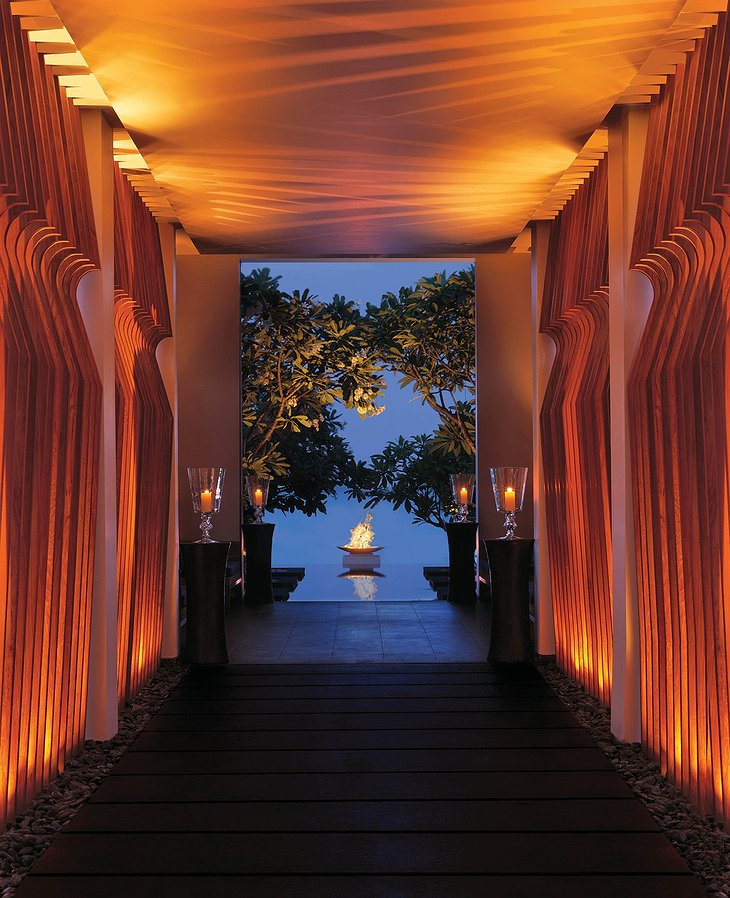 Reethi Rah restaurant entrance
