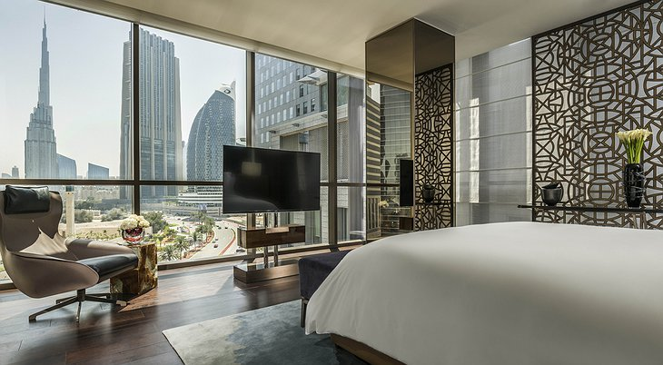 Four Seasons Dubai DIFC room with Burj Khalifa panorama