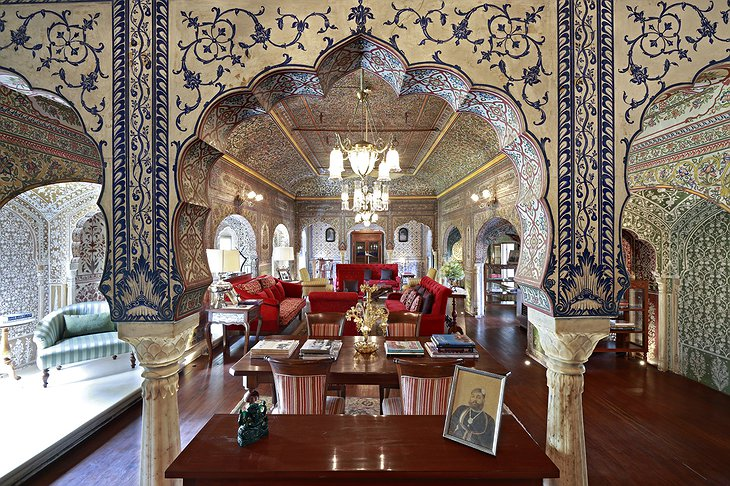 Samode Haveli lounge