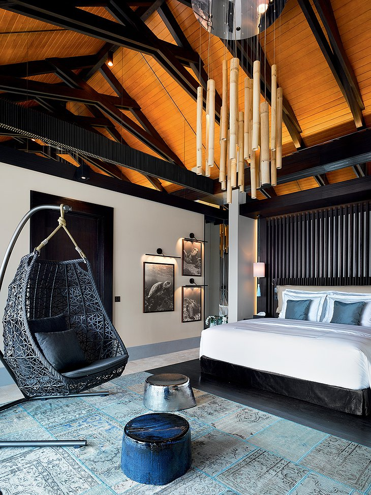 Romantic Pool Residence - Bedroom