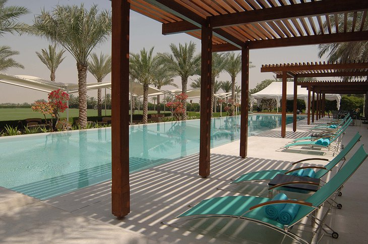 Desert Palm Resort Dubai swimming pool