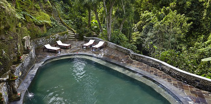 Hotel Tjampuhan Spa - Inside The Pristine Monkey Forest