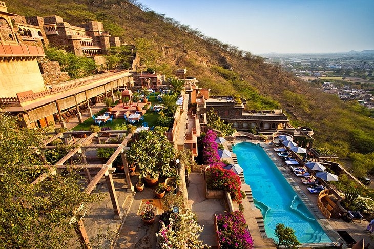 Neemrana Fort Palace swimming pool
