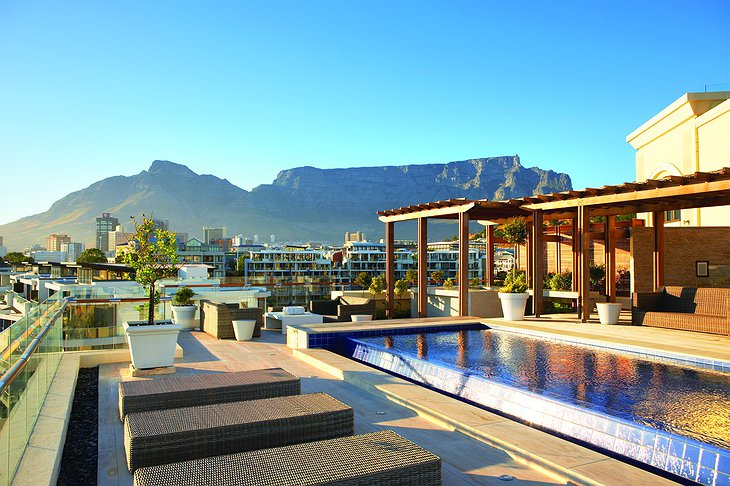 One&Only Cape Town rooftop pool