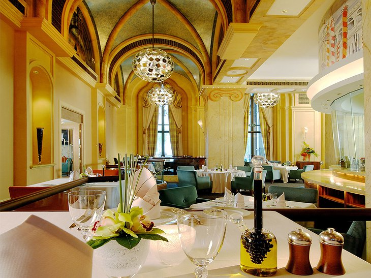 Emirates Palace restaurant