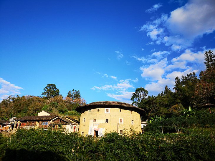 Tulou Fuyulou Changdi Inn Earthen Building