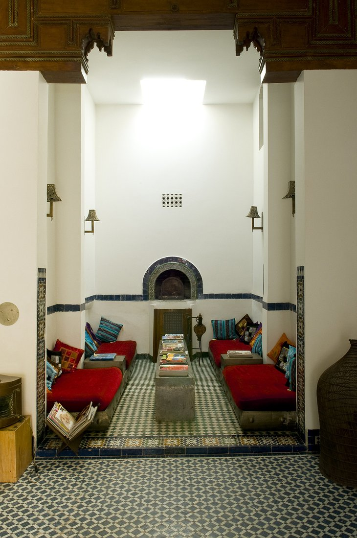 Riad Laaroussa salon with high ceiling