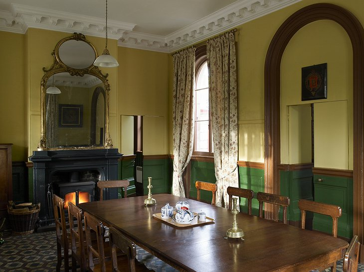 Alton Station dining room