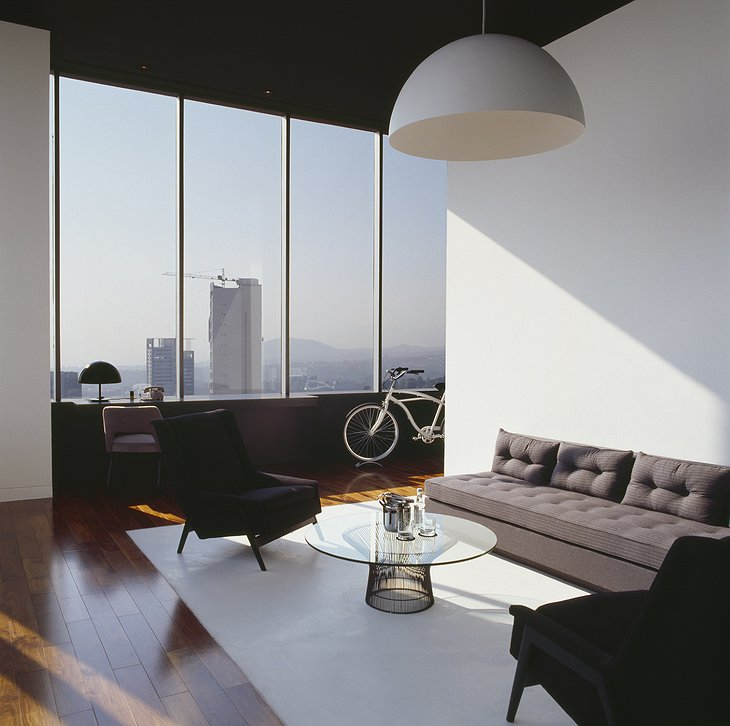 Distrito Capital living room with panoramic views